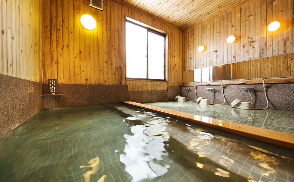 究極のエステ風呂「死海風呂」